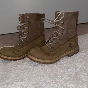 Timberland roll down Teddy fleece tan boots size 7